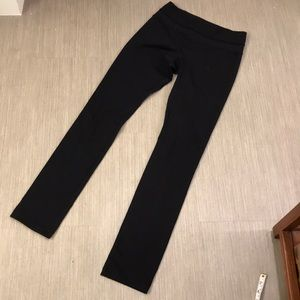 Lululemon black leggings 4